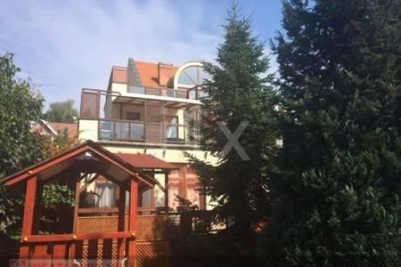 Eladó  családi ház Budapest XII. ker, 360.000.000 Ft, 567 négyzetméter