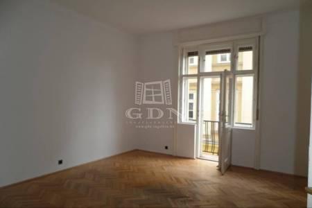 Eladó  lakás Budapest V. ker, 65.000.000 Ft, 67 négyzetméter