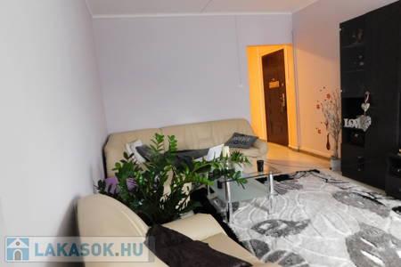 Eladó  lakás Budapest XV. ker, 28.900.000 Ft, 71 négyzetméter