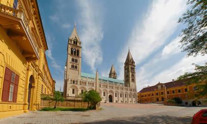 Fedezze fel az ország csodáit: Pécs