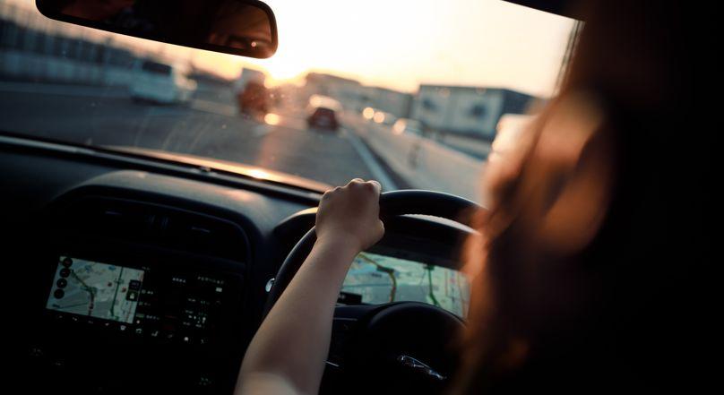 Autóbaleseti statisztikák: Milyen járművek okozzák a legtöbb balesetet, és mikor?